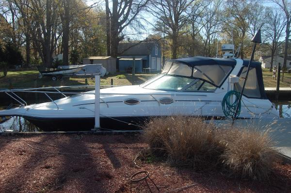 Used Mustang 32 Sportcruiser Express Cruiser Boat For Sale
