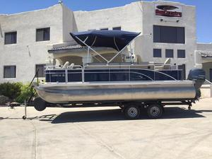 Used Bennington 22 SF Pontoon Boat For Sale
