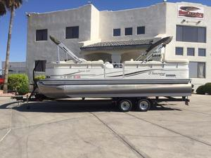 Used Lowe Jamaica 220 Pontoon Boat For Sale