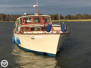 Used Trojan Sea Breeze 3400 Express Cruiser Boat For Sale