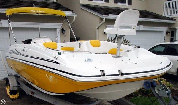 Used Hurricane Sundeck Sport 188 OB Deck Boat For Sale