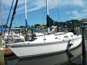 Used Pearson 31-2 Wing Keel Sloop Sailboat For Sale