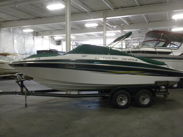 Used Four Winns 230 Horizon Other Boat For Sale