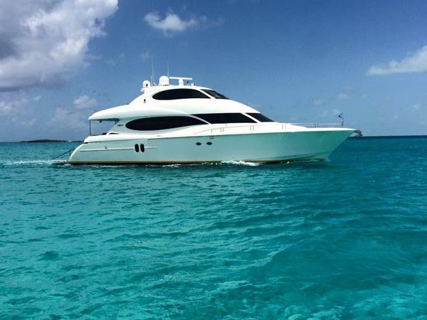 Used Lazzara Skylounge Mega Yacht For Sale