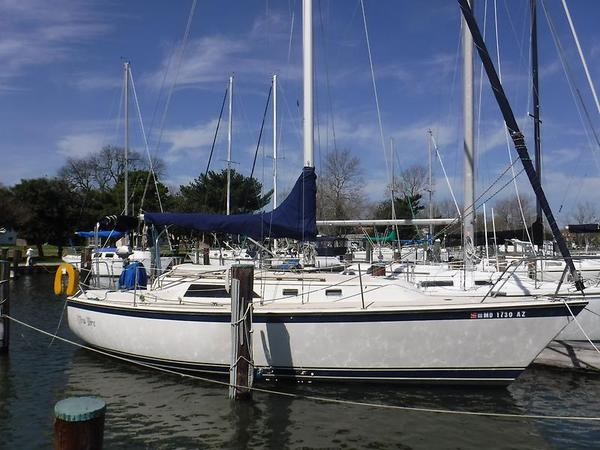 Used O'day 30' Sloop Motorsailer Sailboat For Sale