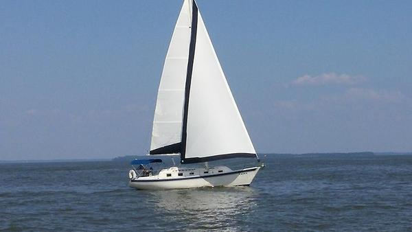 Used Irwin Yachts Citation Sloop Sailboat For Sale