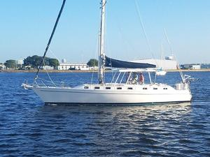 Used Morgan Catalina Center Cockpit Sloop Sailboat For Sale