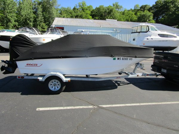 Used Boston Whaler 150 Super Sport Ski and Wakeboard Boat For Sale