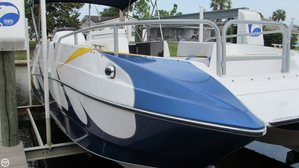 Used Bayliner Rendezvous 2609 DB Deck Boat For Sale