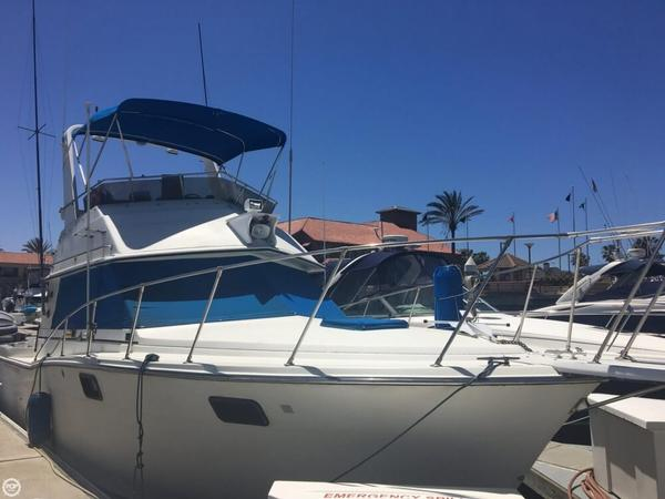 Used Carver 32 Sportfish Sports Fishing Boat For Sale
