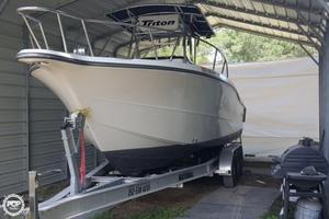 Used Triton 2895 CC Center Console Fishing Boat For Sale