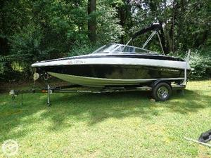 Used Crownline R20 Bowrider Boat For Sale