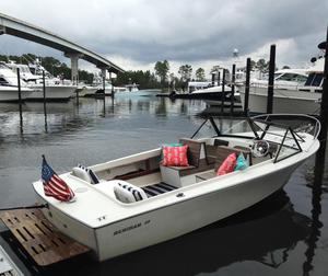 Used Bertram 20 Moppie Cruiser Boat For Sale
