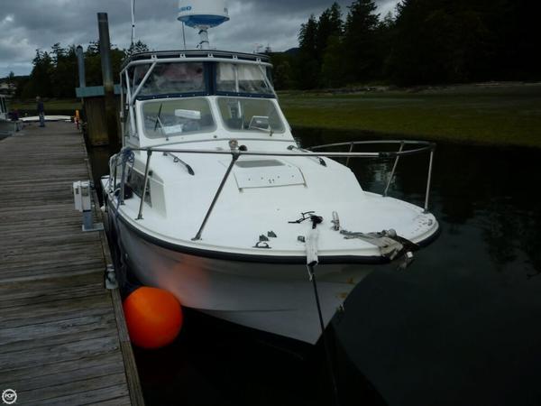 Used Uniflite Salty Pup 23 Walkaround Fishing Boat For Sale
