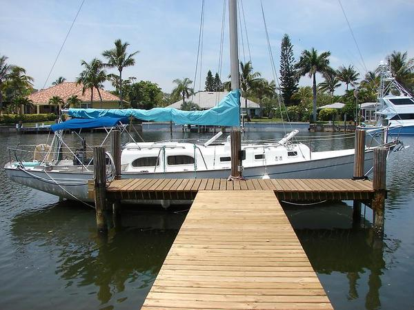 Used Pearson Invicta II Antique and Classic Boat For Sale