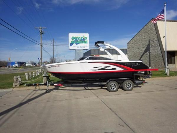 Used Four Winns H230SS Runabout Boat For Sale