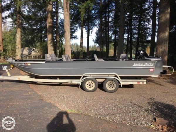 Used Motion Marine Outback Fishing Machine Aluminum Fishing Boat For Sale