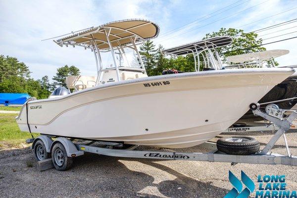 Used Sea Fox 226 Commander Center Console Fishing Boat For Sale