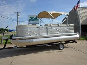 New Sylvan Mirage Cruise 820 CR Pontoon Boat For Sale