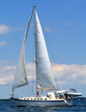 Used Endeavor 38 Cruiser Sailboat For Sale
