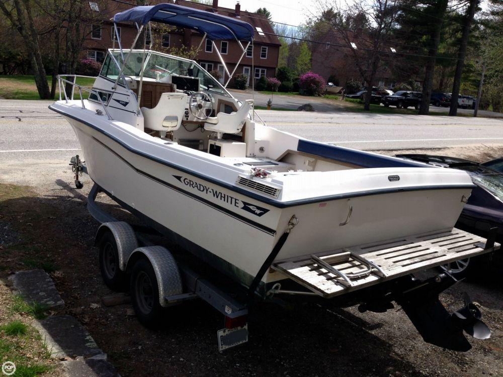 1990 used grady white seafarer 22 wa lkaround fishing boat for Used fishing boats for sale near me