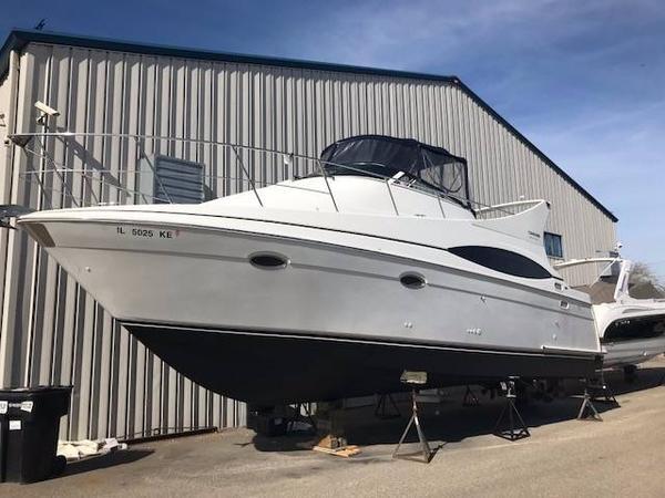 Used Carver 350 Mariner Cruiser Boat For Sale