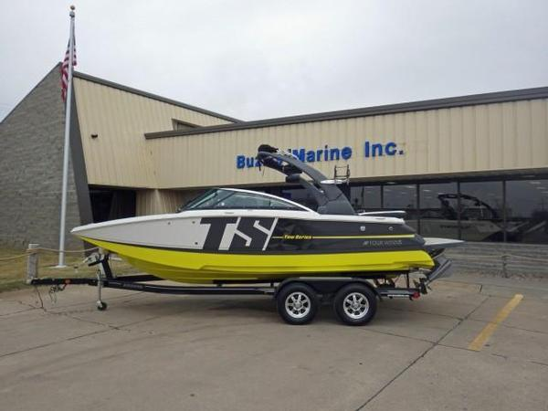 New Four Winns TS222TS222 Ski and Wakeboard Boat For Sale