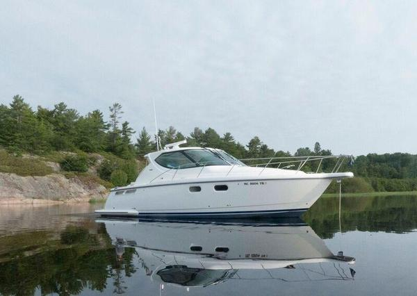 Used Tiara 3900 Sovran Express Cruiser Boat For Sale