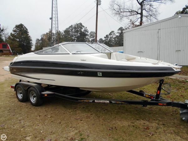 Used Glastron 205 GXL Bowrider Boat For Sale