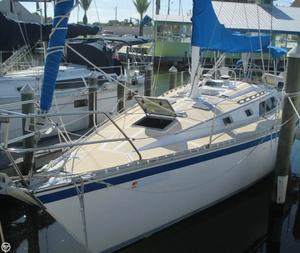 Used Hunter 34 Racer and Cruiser Sailboat For Sale