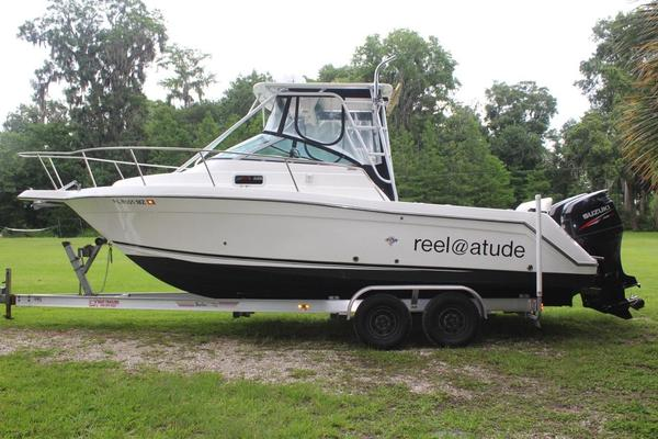 Used Robalo 2640 Walkaround Re-powered Saltwater Fishing Boat For Sale