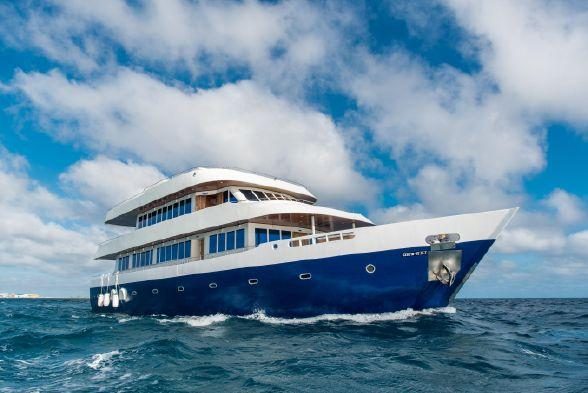 New Custom Yacht Motor Yacht Explorer 110 Motor Yacht For Sale