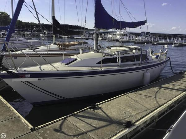 Used O'day 272 Masthead Sloop Sailboat For Sale