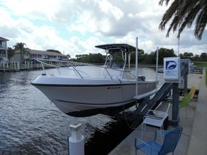 Used Mako 221 Center Console Center Console Fishing Boat For Sale