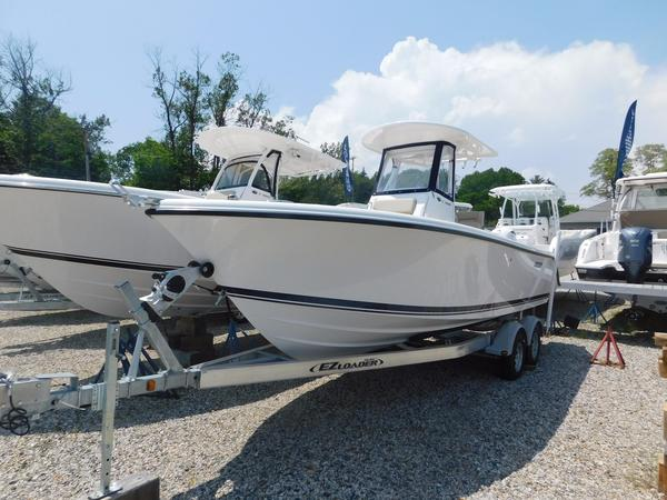 New Pursuit C238 Saltwater Fishing Boat For Sale
