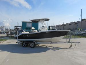 Used Nauticstar 2102xs Legacy Center Console Fishing Boat For Sale