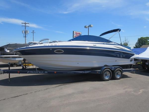 Used Crownline 255 CCR Cruiser Boat For Sale