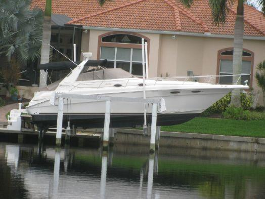 Used Sea Ray Sundancer 330 Cruiser Boat For Sale