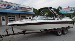 Used Malibu Escape LSV Ski and Wakeboard Boat For Sale