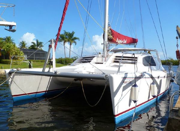Used Robertson & Caine Leopard Catamaran Sailboat For Sale