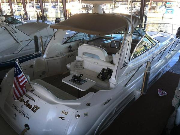Used Sea Ray 410 Express - Fresh Water Only Express Cruiser Boat For Sale