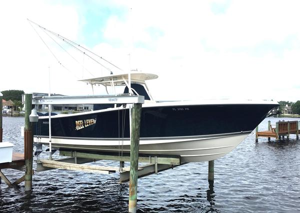 Used Pursuit C 310 Center Console Center Console Fishing Boat For Sale