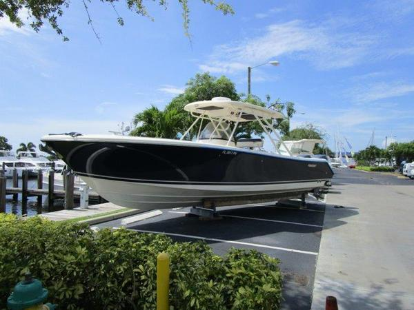 Used Pursuit 310 Sport Center Console Boat For Sale