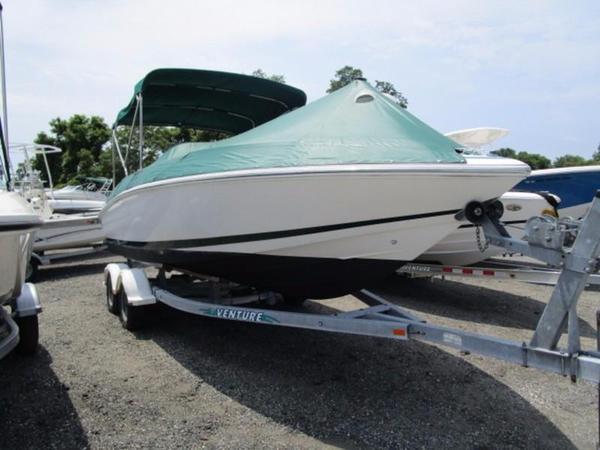Used Cobalt 23 LS Deck Boat For Sale