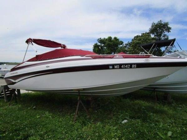 New Crownline 225 BR High Performance Boat For Sale