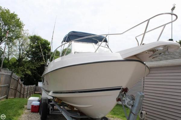 Used Aquasport 210 Explorer Walkaround Fishing Boat For Sale
