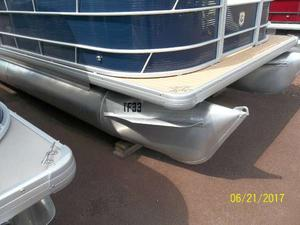 New Sweetwater SW 2286 SB Pontoon Boat For Sale