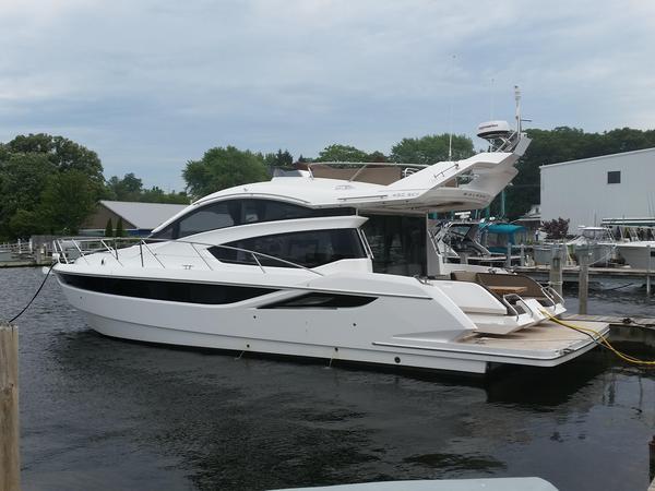 New Galeon 430 Skydeck Flybridge Boat For Sale