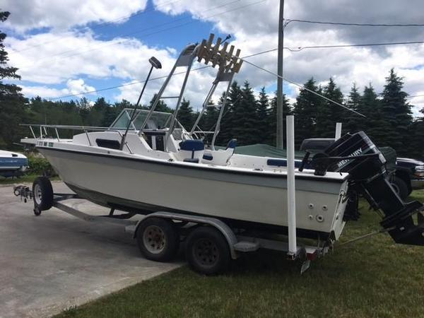 Used Invader Walkaround Cuddy Cabin Boat For Sale