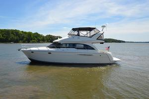 Used Meridian 411 Sedan Motor Yacht For Sale